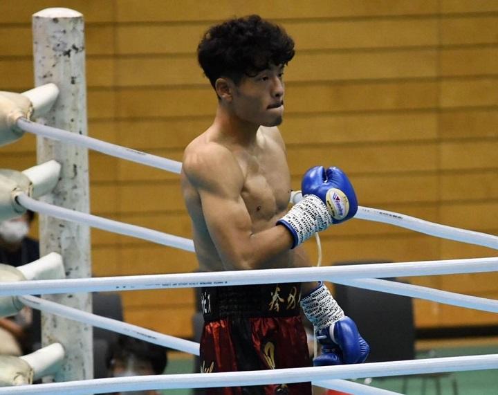 B級 松澤  拳 フェザー